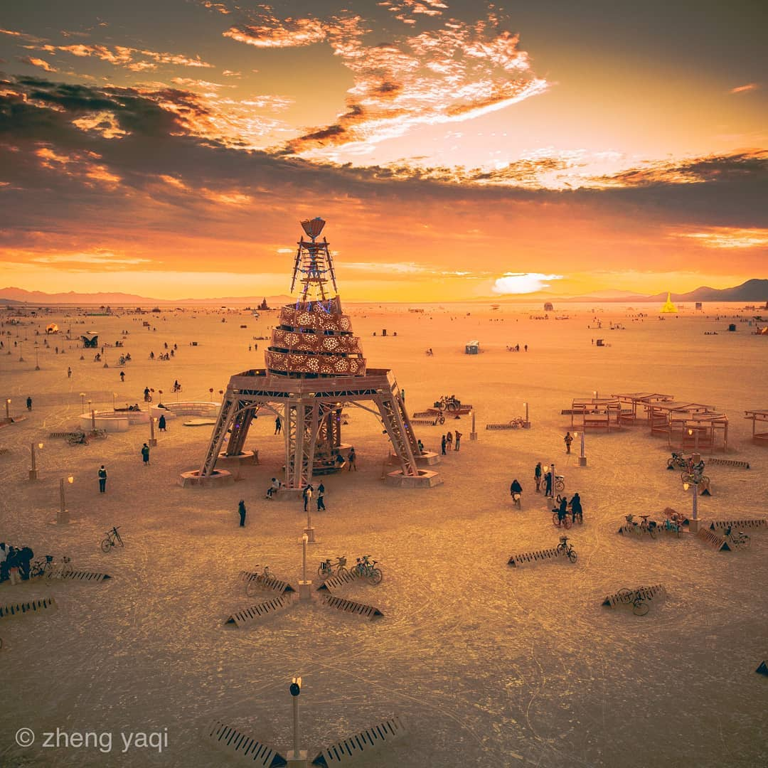 Фестиваль Burning Man в формате онлайн