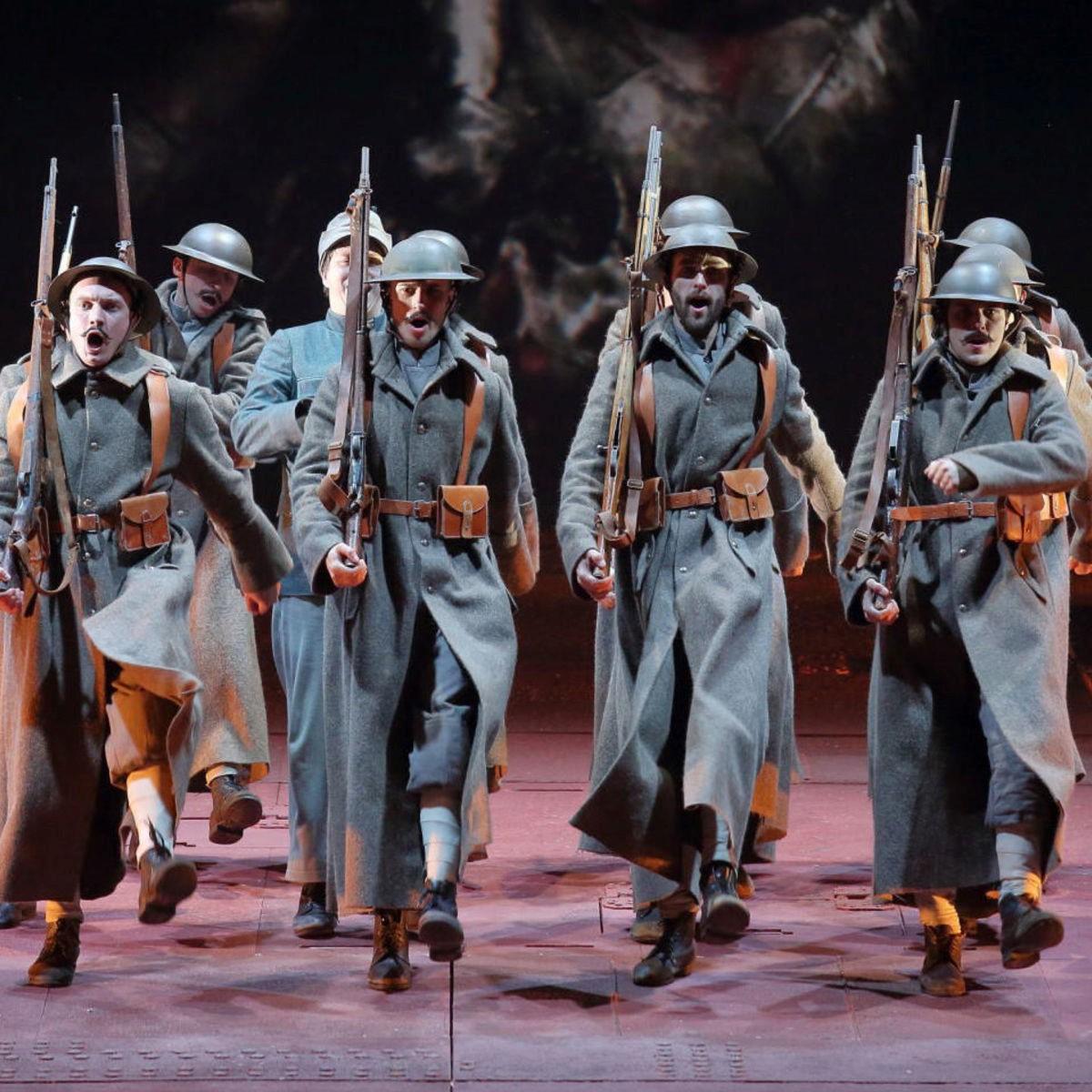Спектакль «Швейк. Возвращение» в Александринском театре со скидкой 50%