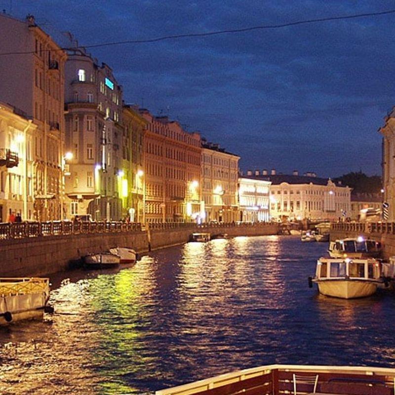 Водные экскурсии по ночному Петербургу от «Нева-Кронверк»