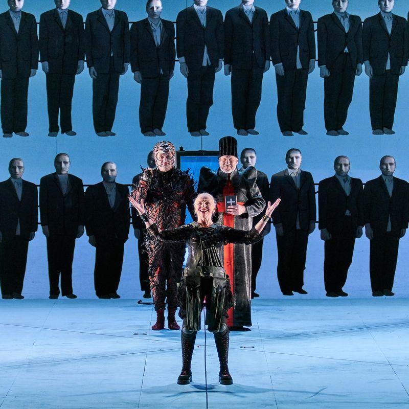Спектакль «Мамаша Кураж и её дети»