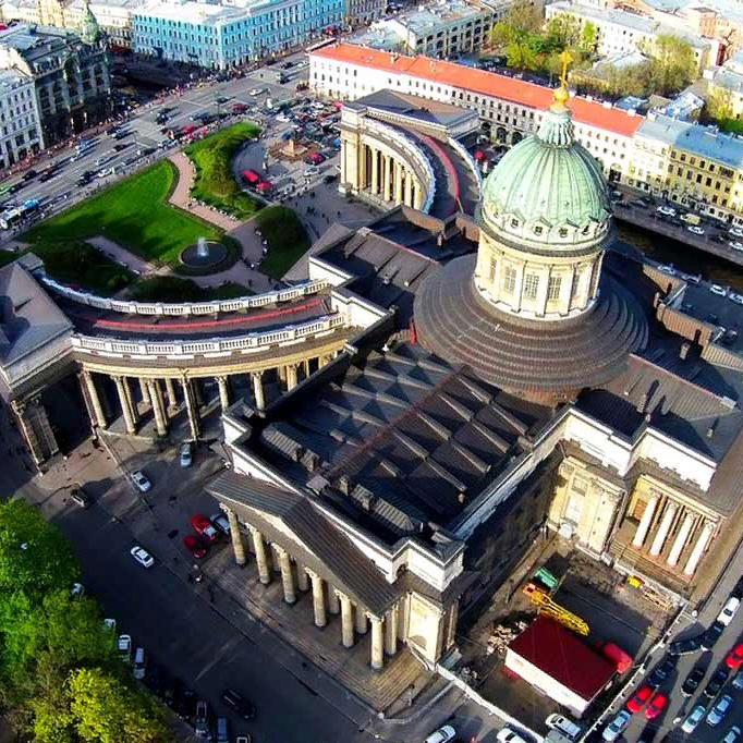 Пешеходная экскурсия «Храмы Невского проспекта» со скидкой 50%