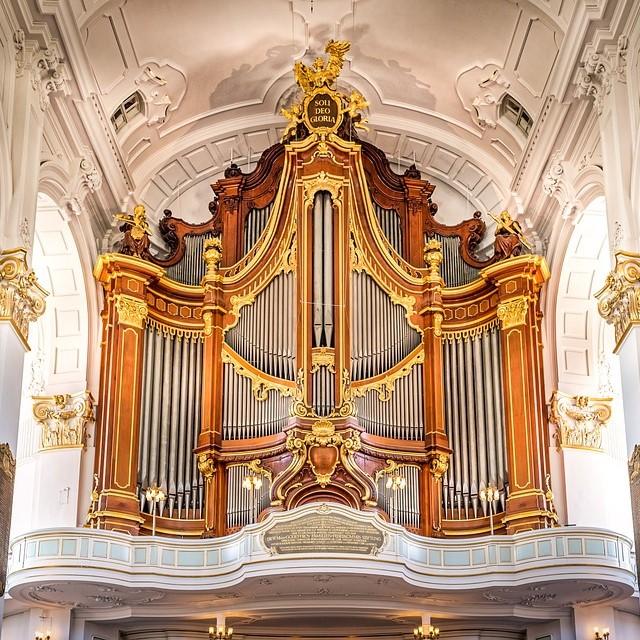 Концерт «Флейта иорган: отПассакалии доТанго. Бах, Марчелло, Регер, Пьяццолла»