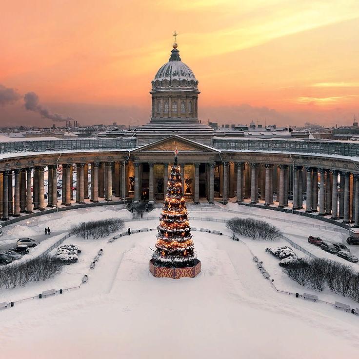 Обзорная экскурсия по Санкт-Петербургу со скидкой 50%