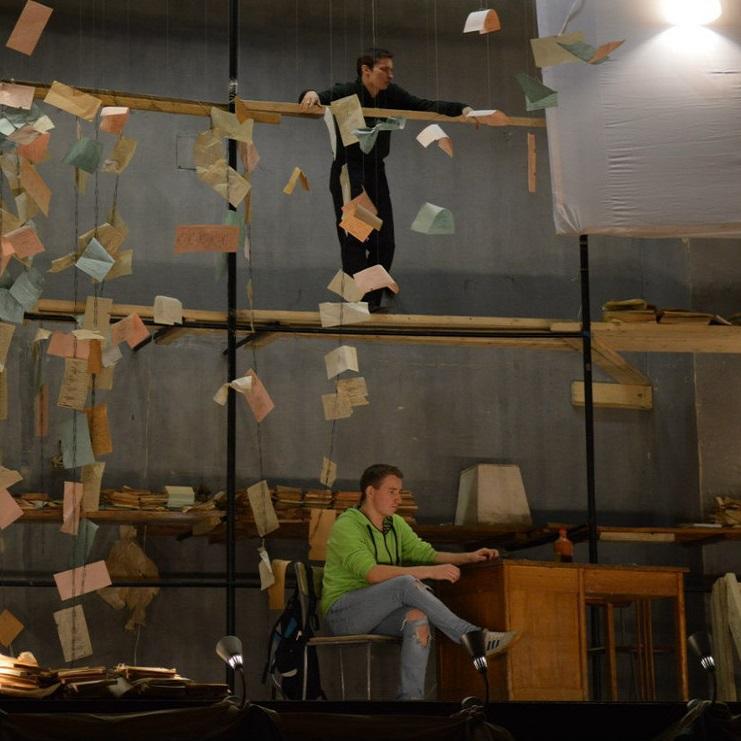 Спектакль «Карманы, полные любви» по мотивам пьесы Э.Э. Шмитта «Загадочные вариации»