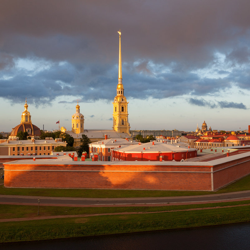 Грандиозная обзорная экскурсия «Санкт-Петербург иПетропавловская крепость» со скидкой 57%
