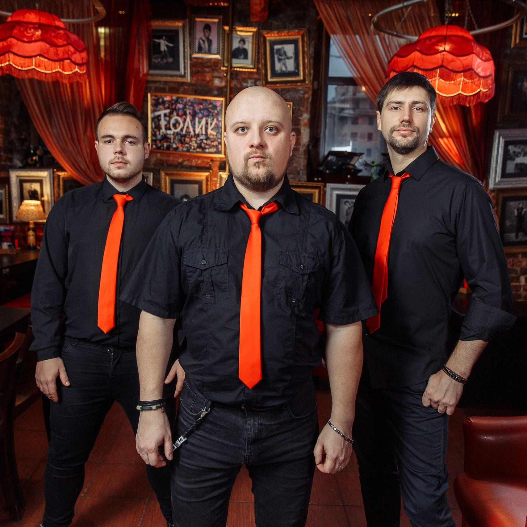 Концерт «Хиты русского рока» кавер-бэнда «Космодром» со скидкой 45%