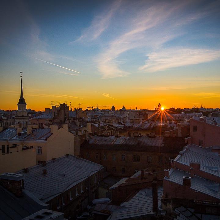 Прогулка-экскурсия по крышам со скидкой 35%