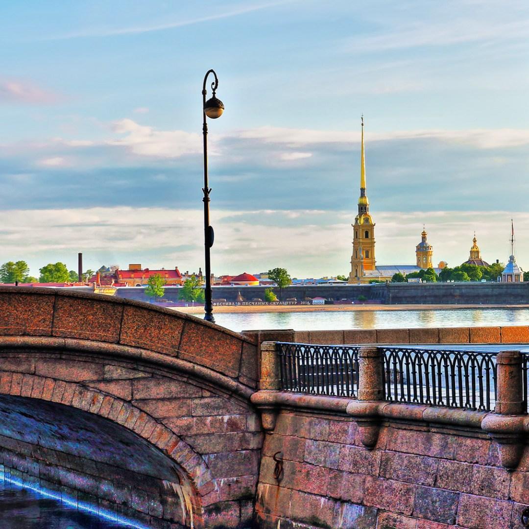 Экскурсия по Санкт-Петербургу «Большое путешествие» со скидкой 55%
