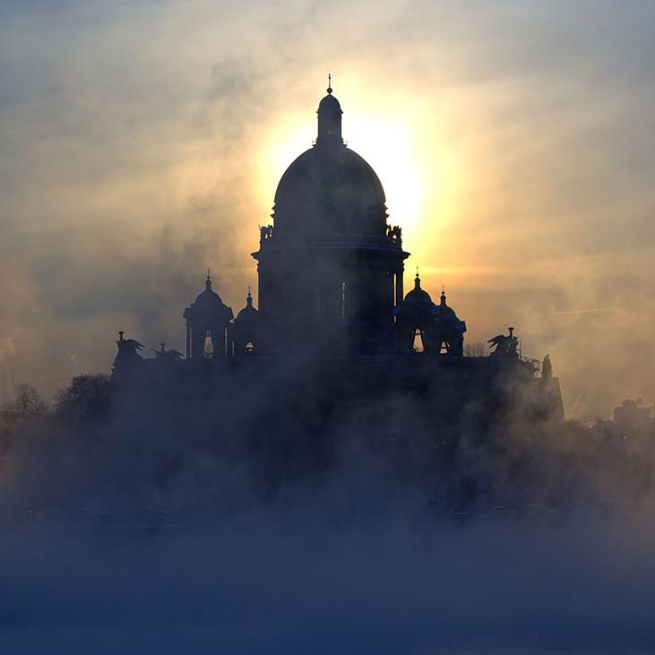 Автобусная экскурсия «Мистический Санкт-Петербург» со скидкой 50%