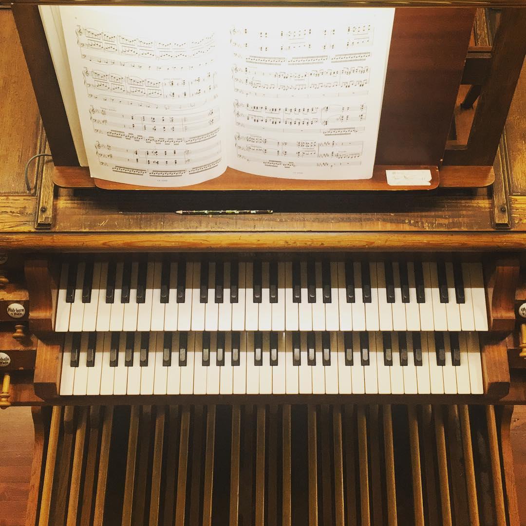 Концерт «Река памяти: Реквием Дюрюфле и Утешение Листа» со скидкой 50%