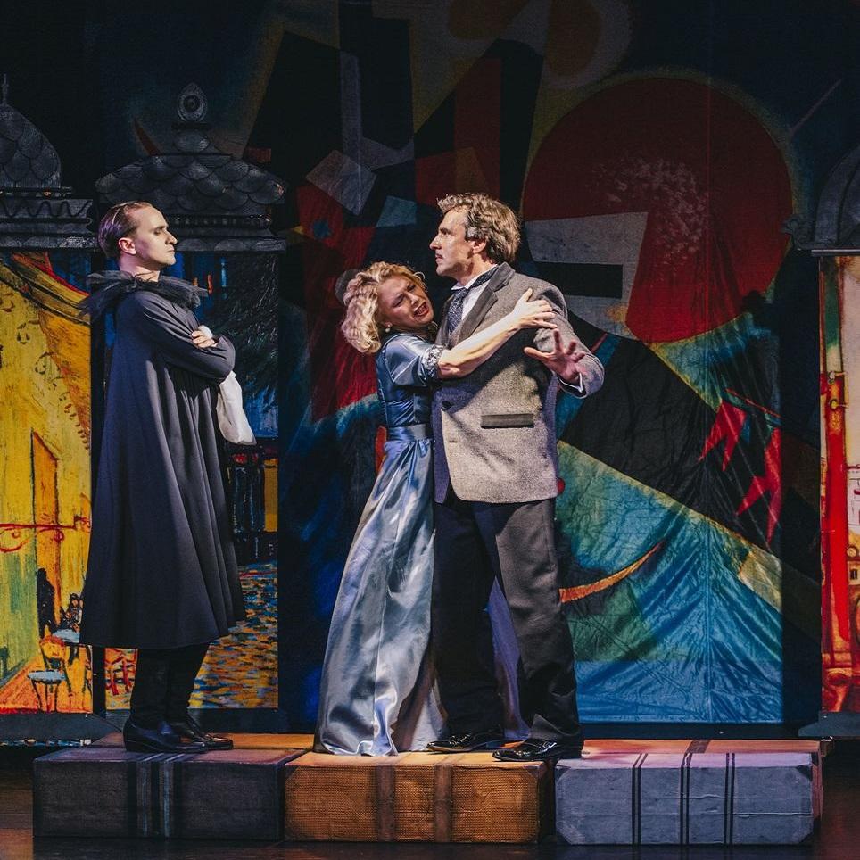 Музыкальный спектакль «Paris. Нити судьбы» в театре «Мюзик-Холл»