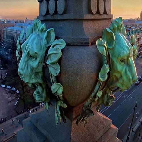 Квест-экскурсия «Неизвестный Петербург» с использованием мобильного телефона со скидкой 40%
