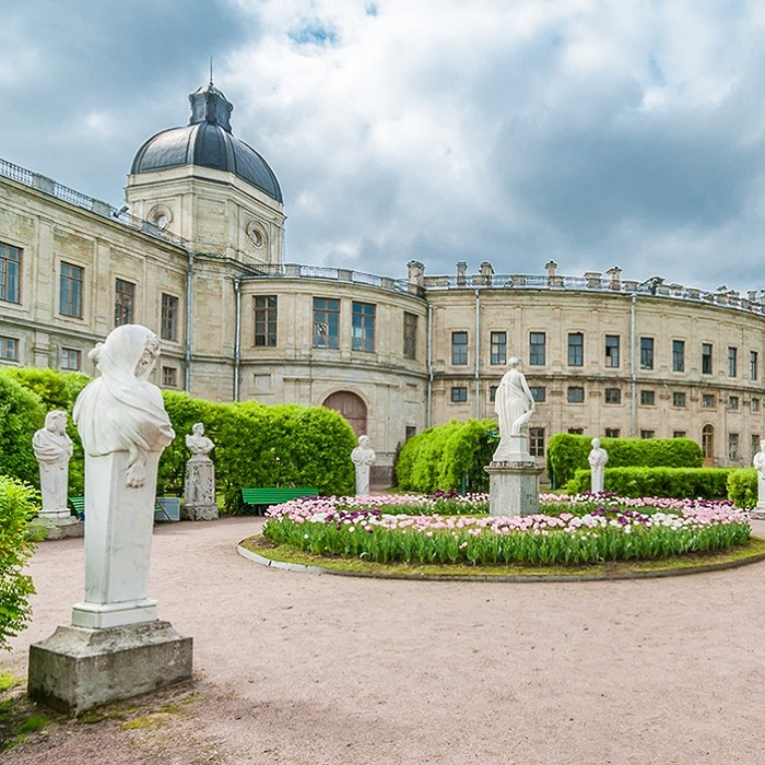Экскурсия «Гатчина, Гатчинский дворец и парк» со скидкой 50%