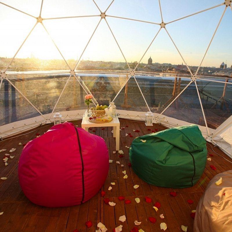 Романтическое свидание на крыше в Теплом домике