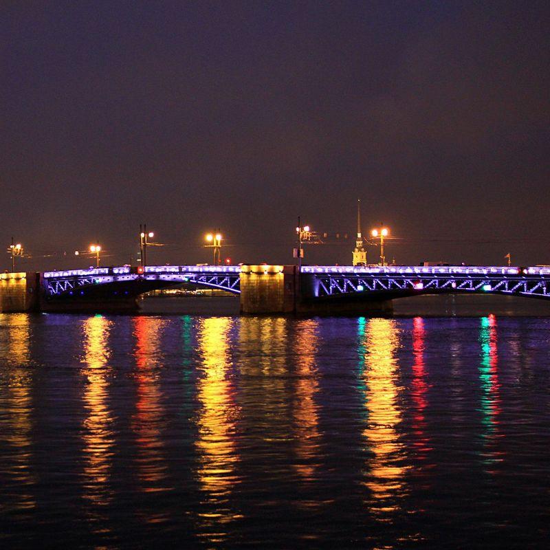 Ночная автобусная экскурсия по мостам Петербурга