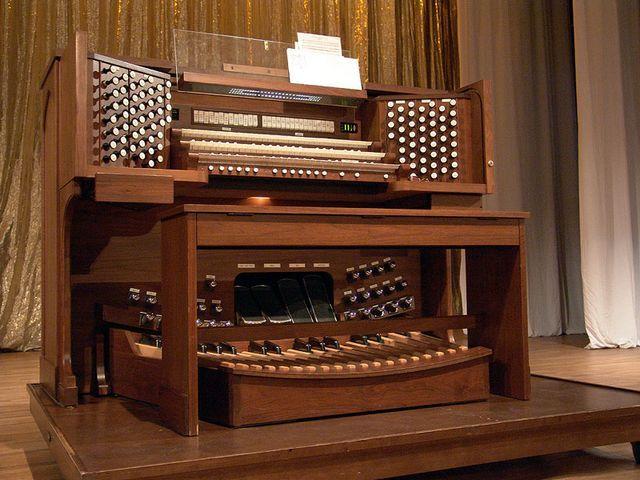 Концерт органной музыки «Бах: Скорбь и Радость» со скидкой 43%