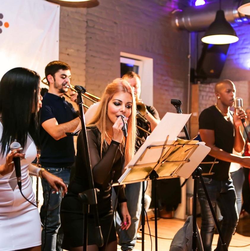 Концерт группы SABOR LATINO в White Night со скидкой 50%