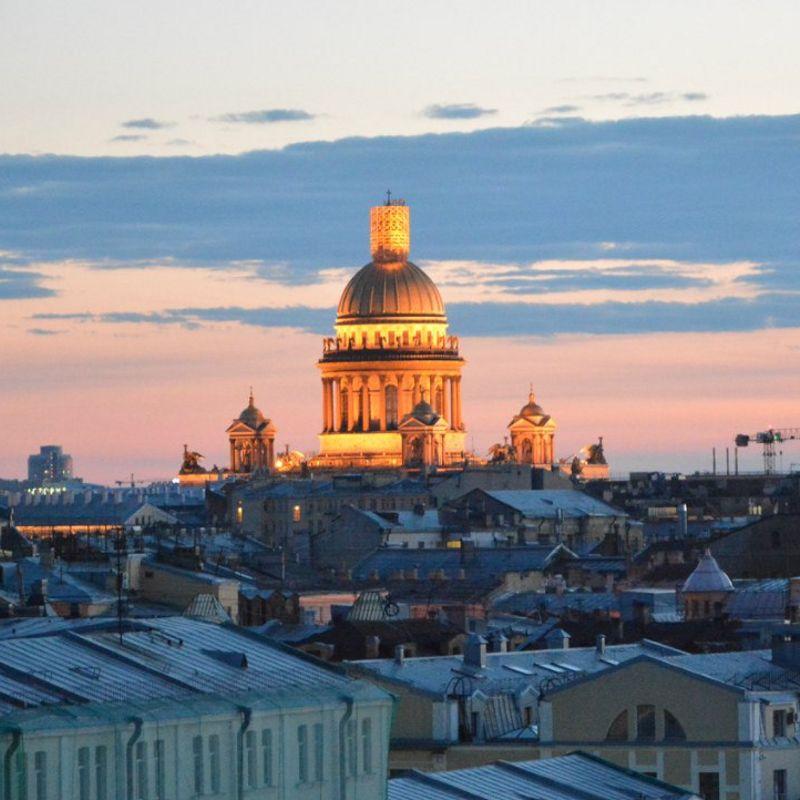 Прогулка-экскурсия по крышам Петербурга